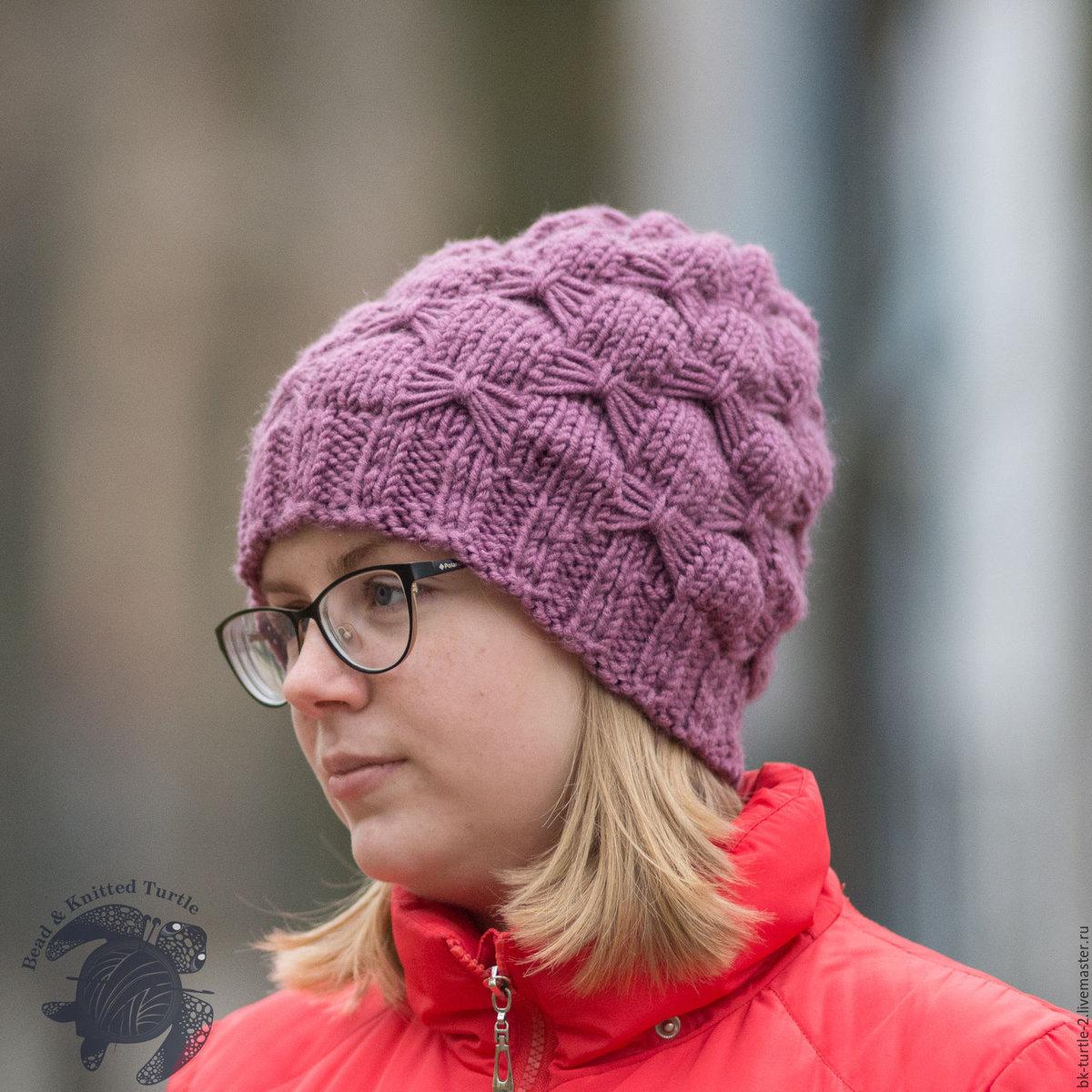 Вязанные весенние женские шапки видео
