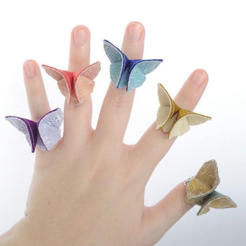 Бабочки из материала своими руками