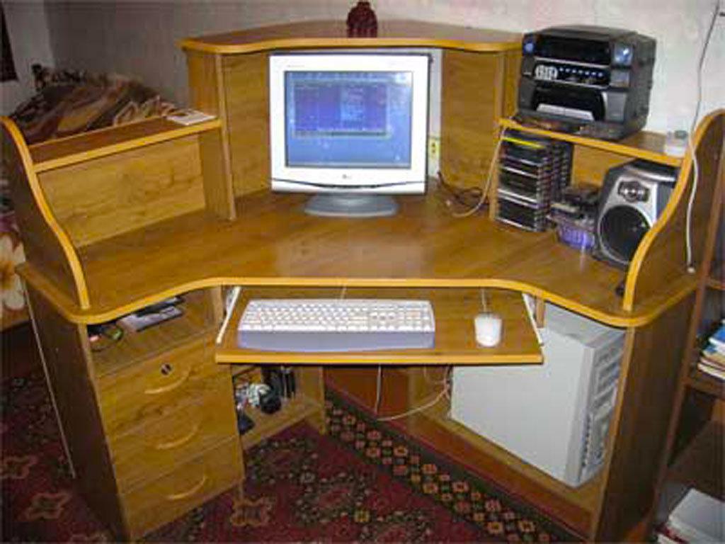 Как сделать компьютер стол своими руками 34