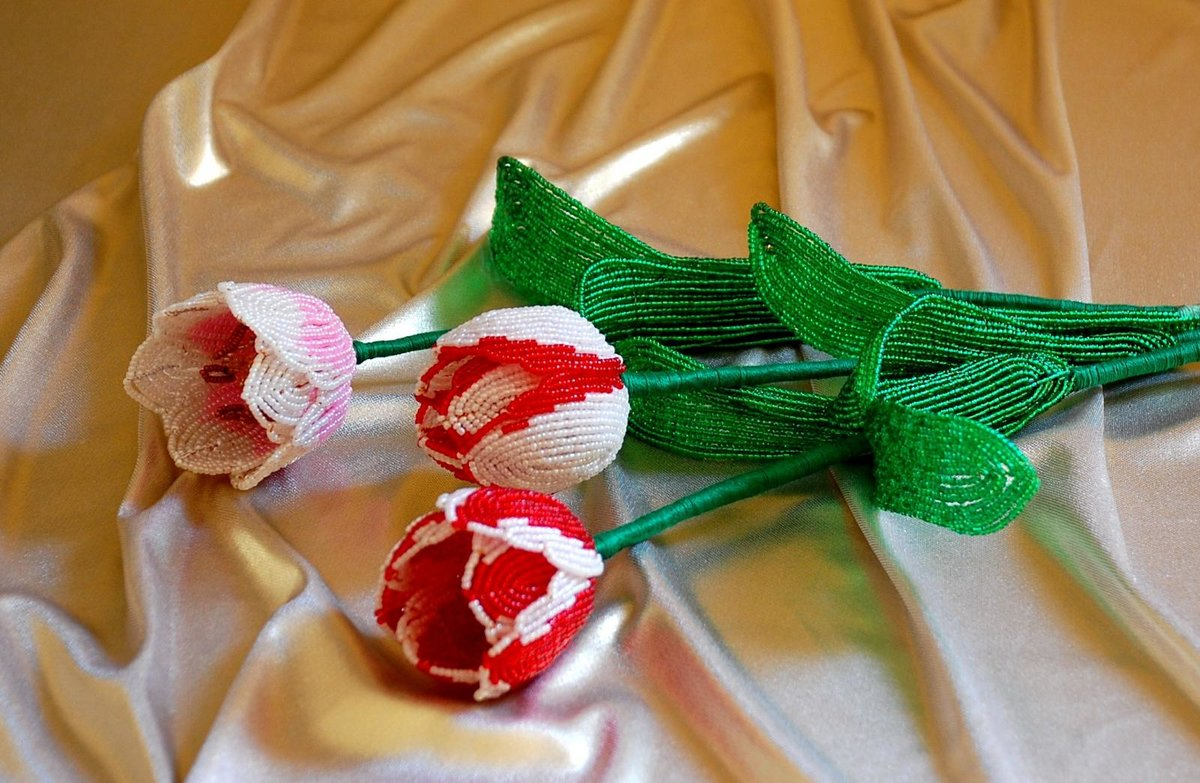 Тюльпан из бисера мастер класс с пошаговым для начинающих