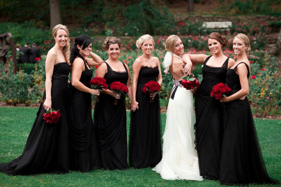 Фото черного платья на свадьбу