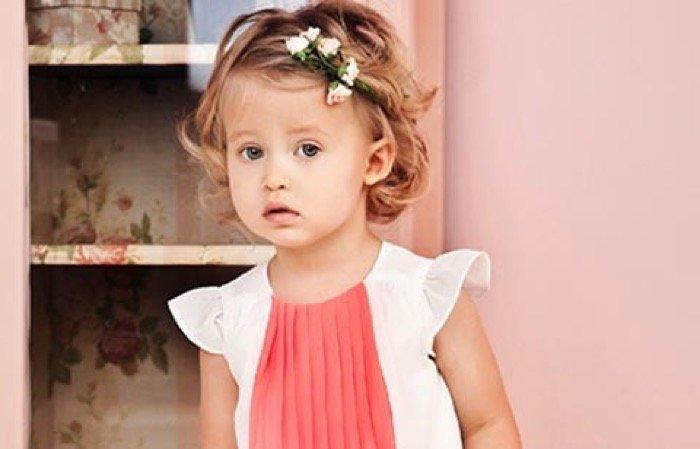Девочке годик очень короткие волосы прическа