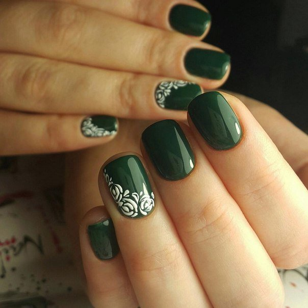 Ногти зеленый маникюр