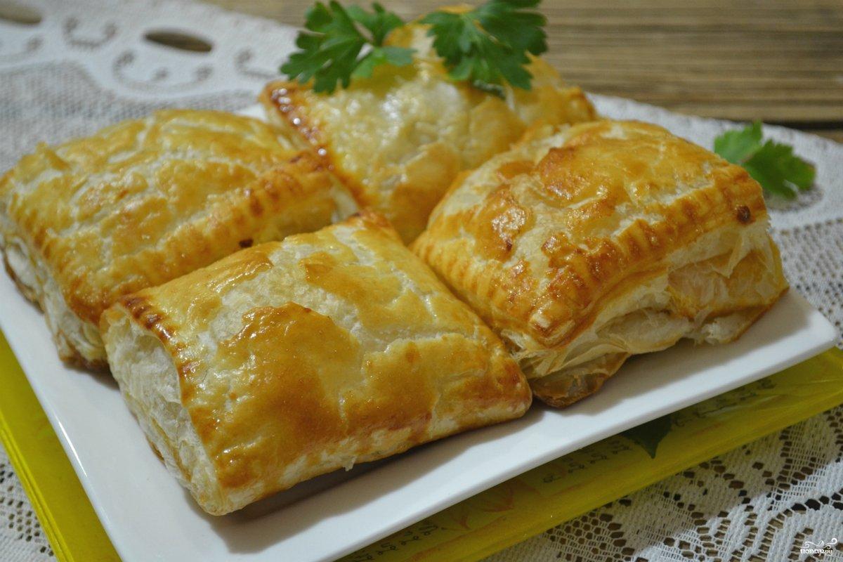 Рецепт куриного пирога из слоеного теста пошагово