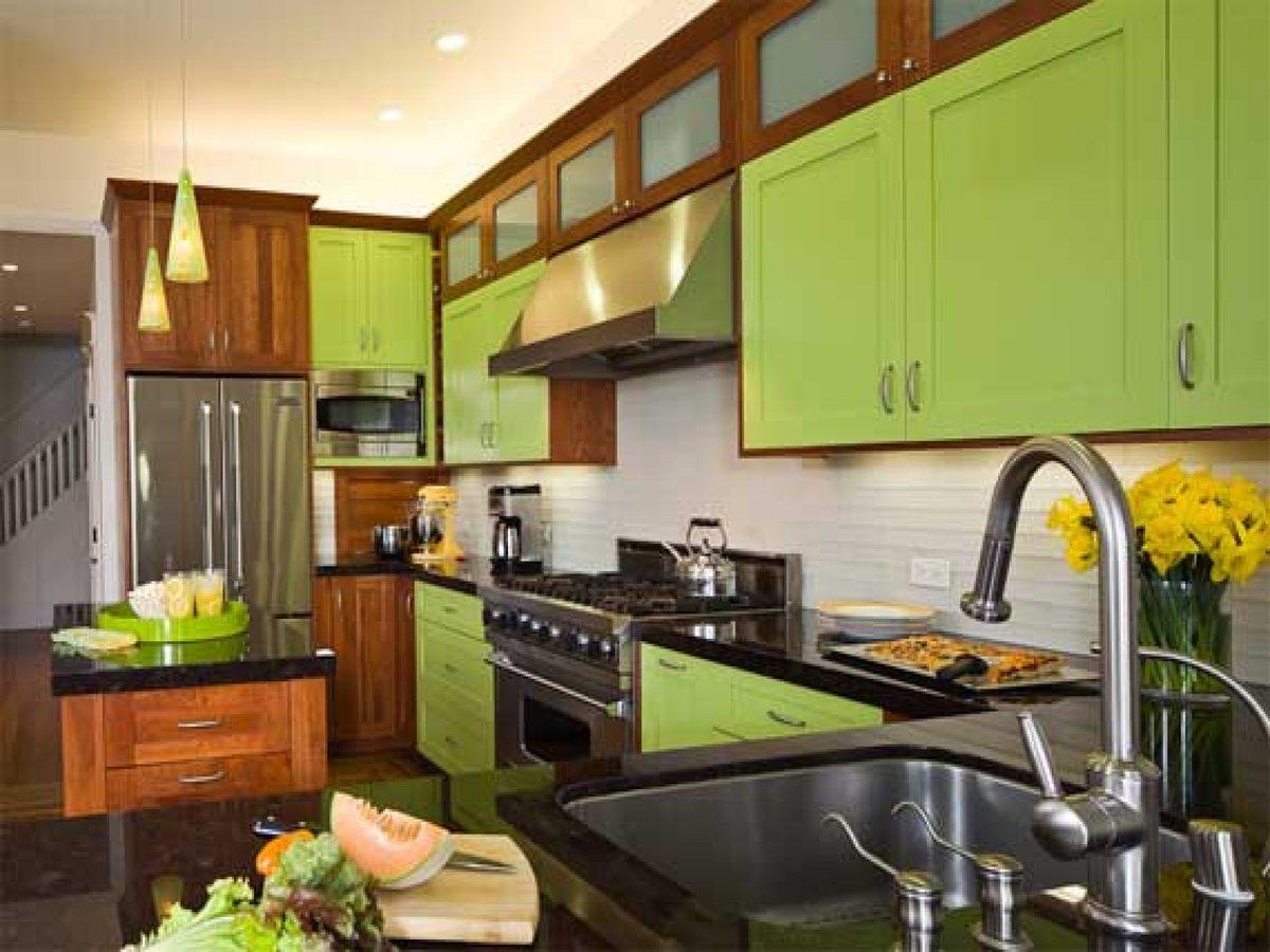 Сочетание цветов на кухне с коричневым фото