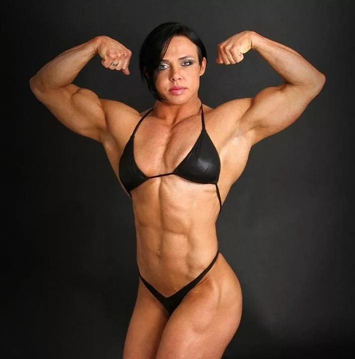 Chesty bodybuilder babe Ashton Blake posing naked in high heels № 1041831 без смс
