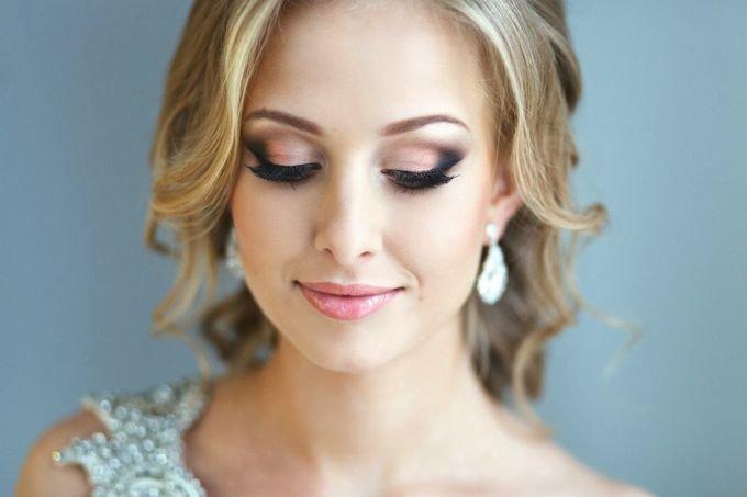 Фото свадебной прически и макияжа
