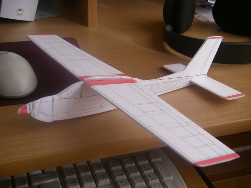 Как сделать дома самолёт