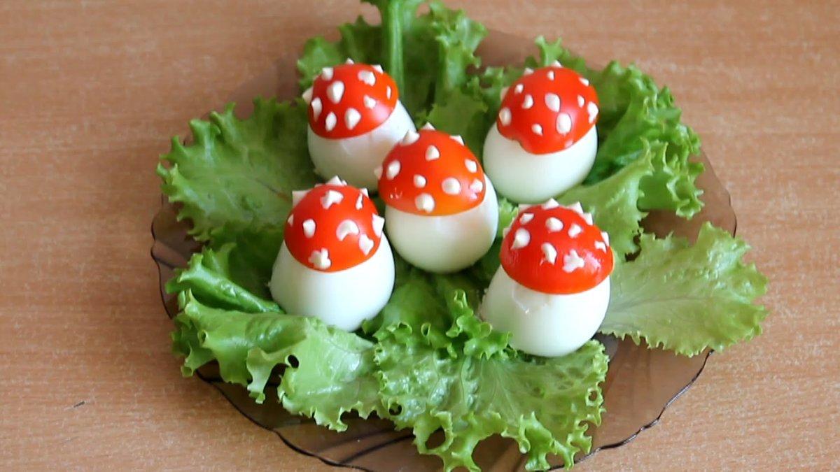 Как сделать помидор с яйцом