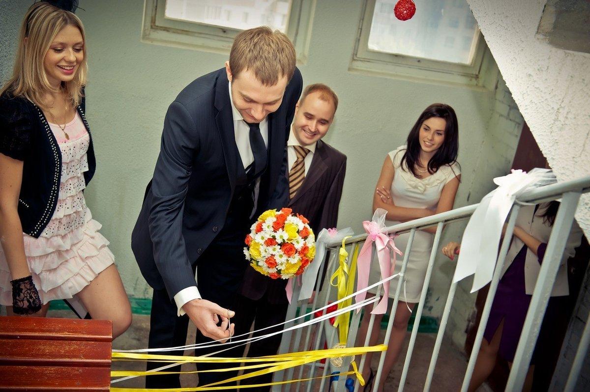 Сценарий выкупа невесты смешной в подъезде
