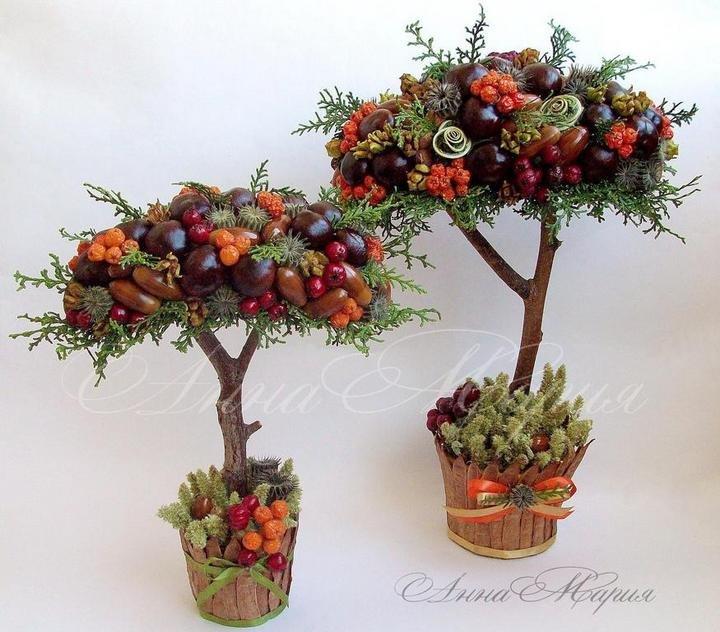 Большие напольные деревья из шишек и цветов 198