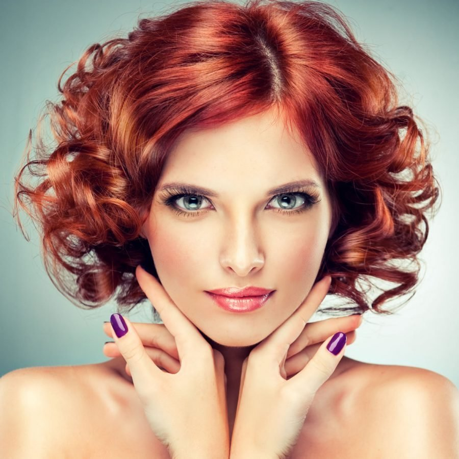 Прическа прядями на короткие волосы фото