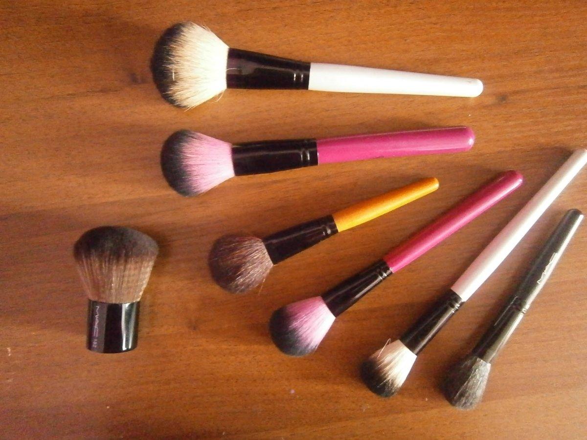 Подделки кистей для макияжа