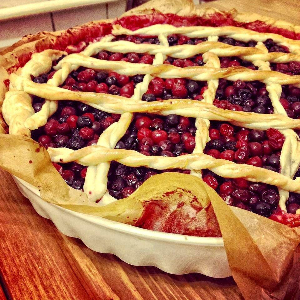 Пирог со смородиной слоеное тесто рецепт