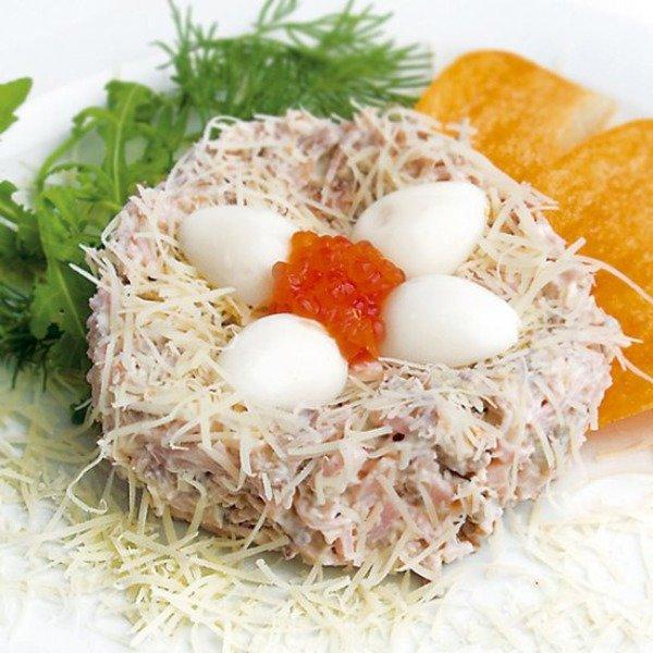 Салат гнездо перепелки пошаговый рецепт
