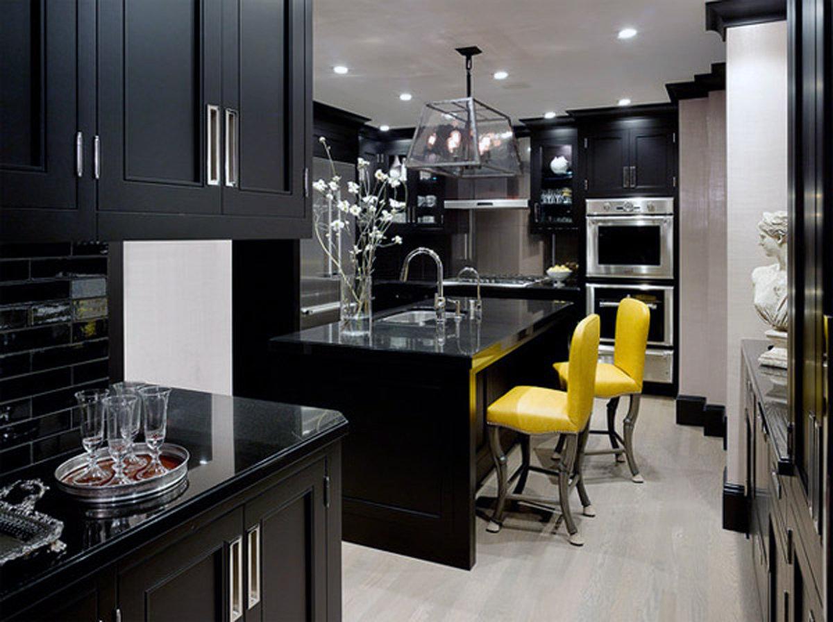 Дизайн кухни черного цвета фото