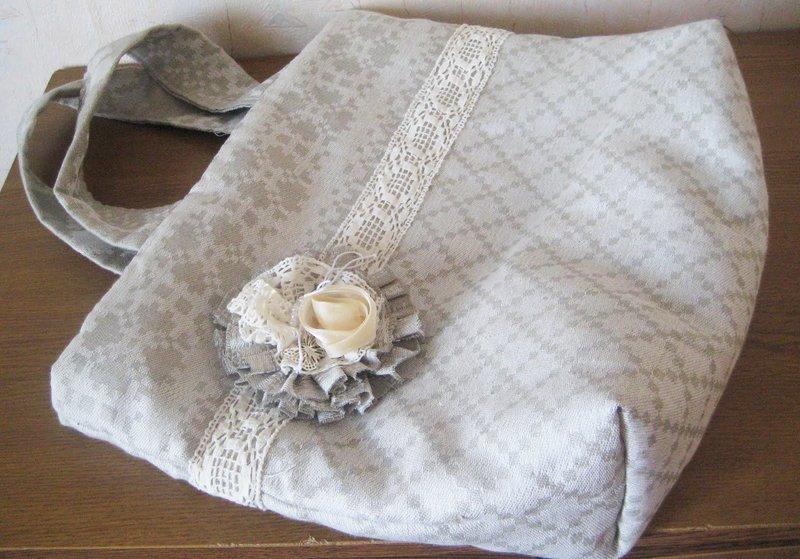 Украшения из льняной ткани