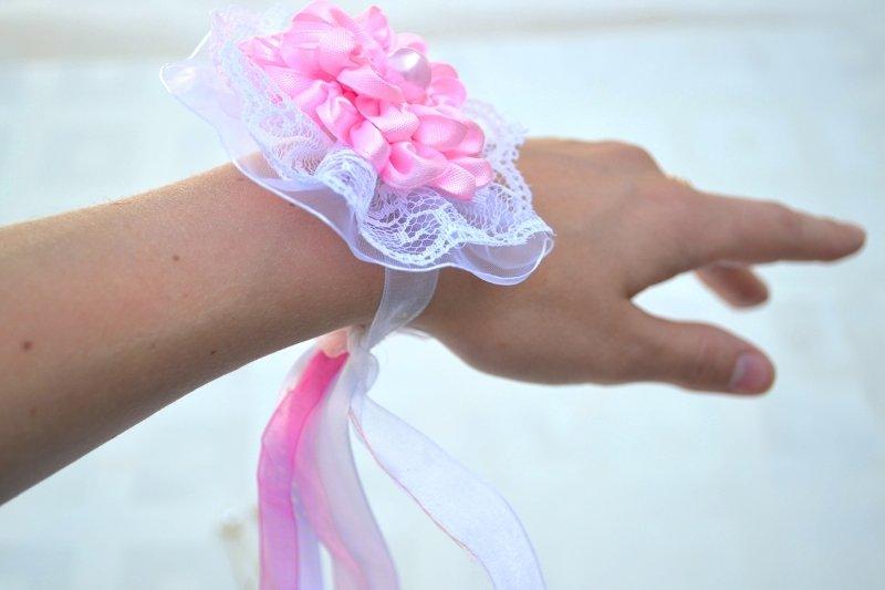 Цветок на руку подружкам невесты своими руками мастер класс 64
