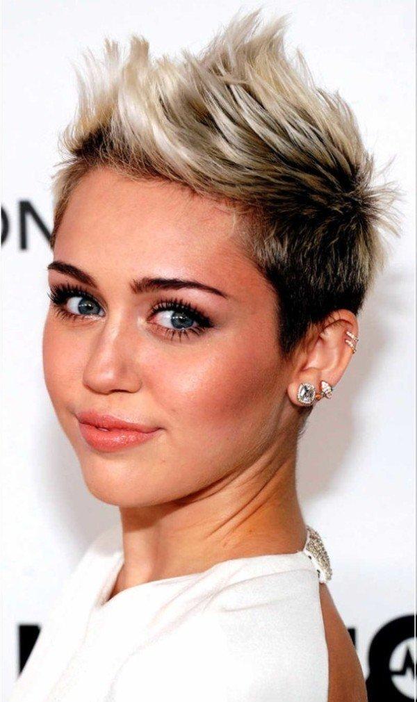 Стрижка на короткие волосы знаменитостей