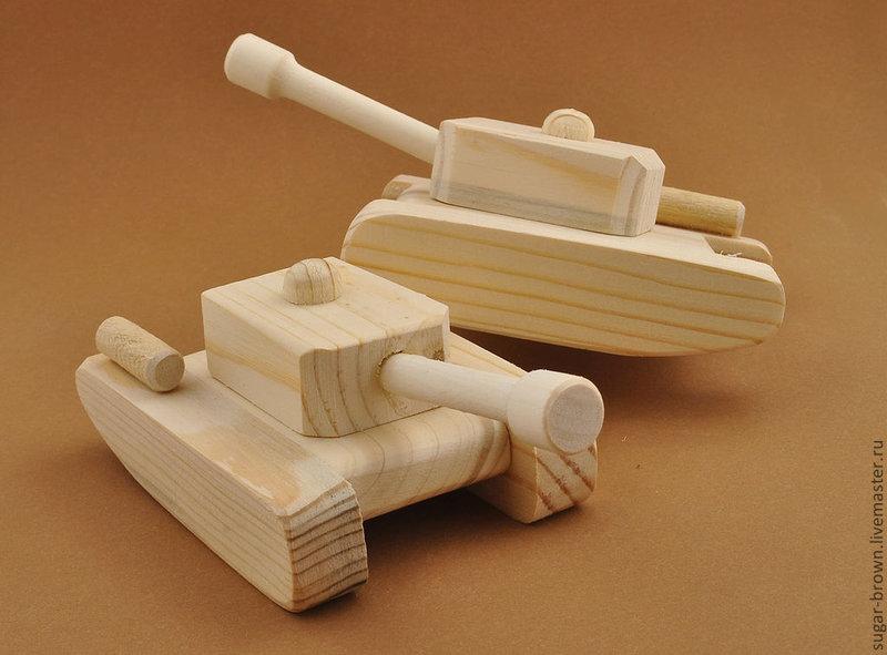 Как сделать танк своими руками с дерева