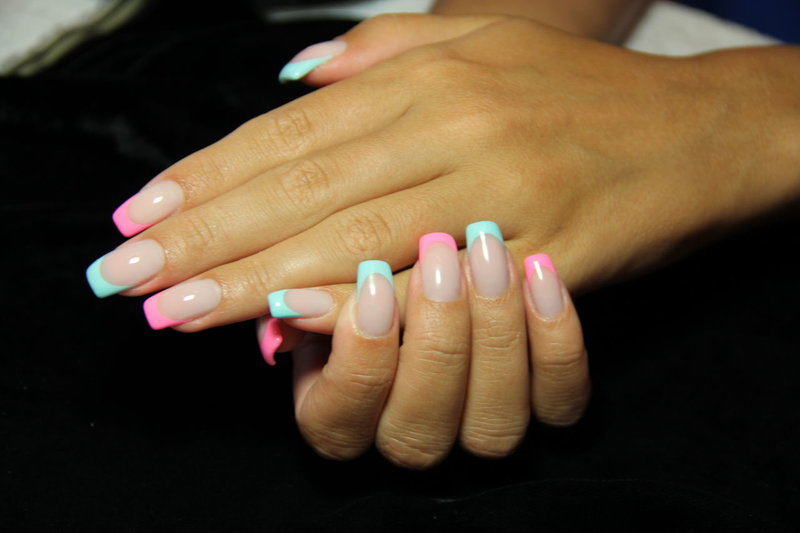 Ногти шеллак френч цветной
