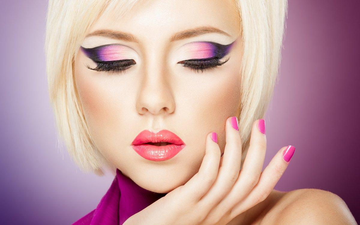 Смотреть видео макияжа для блондинок онлайн 292