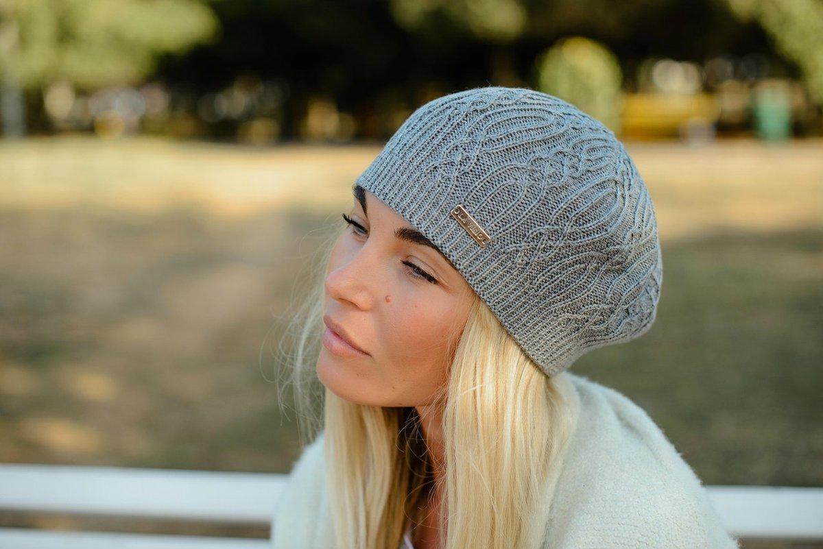 Вязание спицами современных шапок
