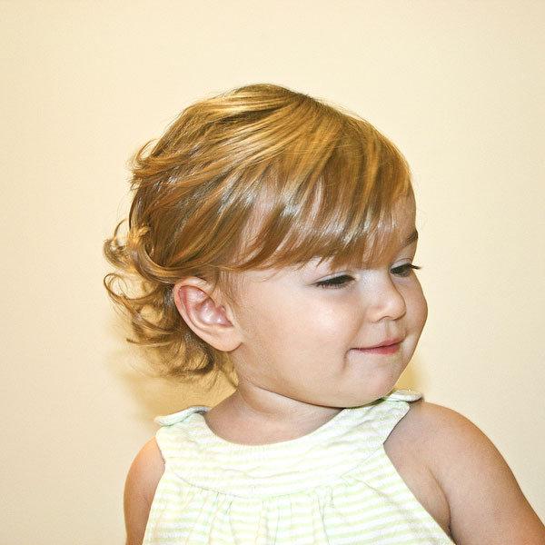 Фото причесок для девочек одного годика