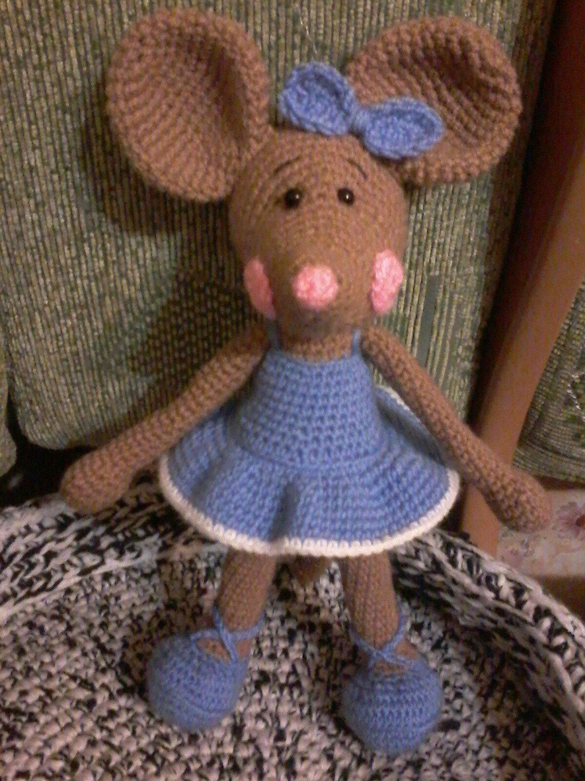 Вязанная мышка своими руками