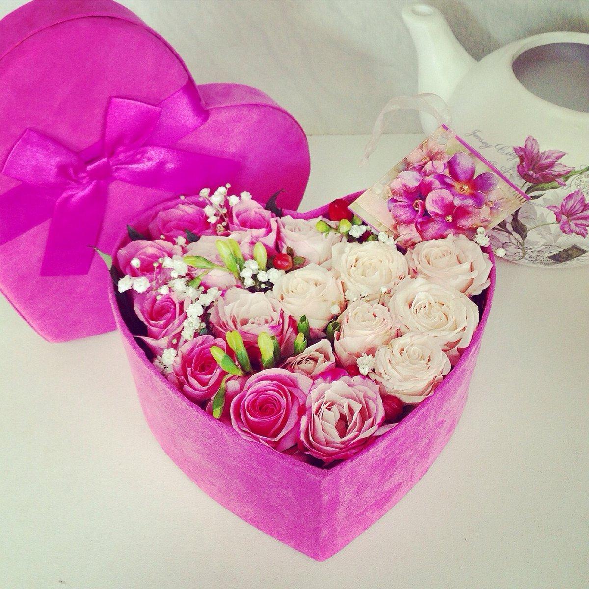Как сделать розы в коробке своими руками
