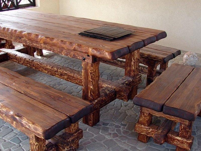 Металлические столы и лавочки
