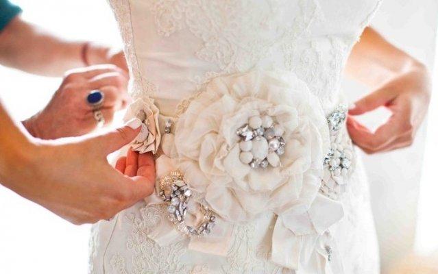 Украшение свадебное платье своими руками