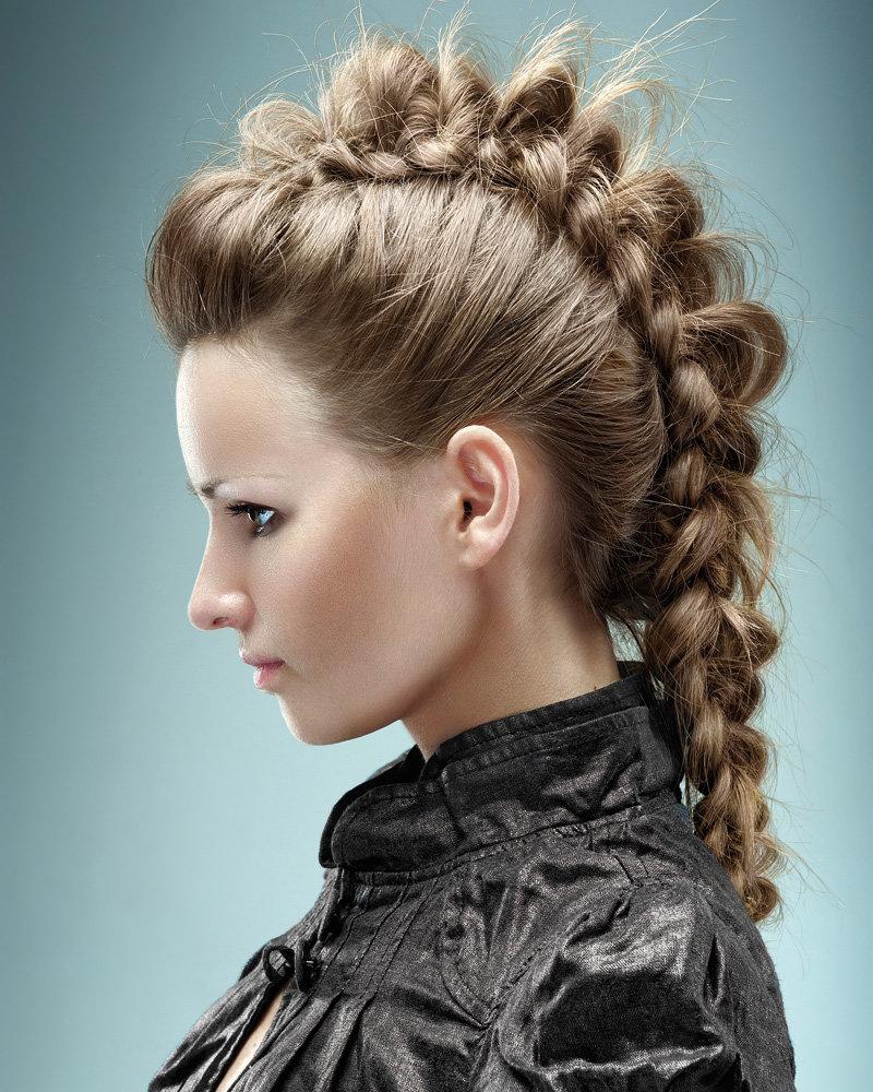 интересные прически для длинных волос фото