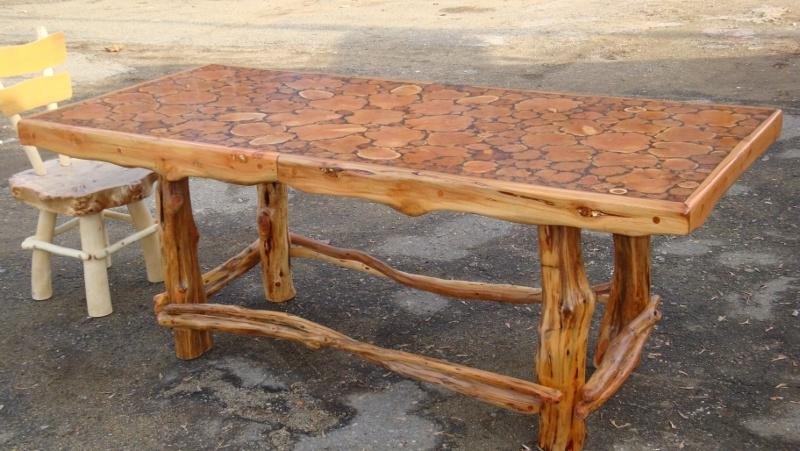 Изготовление из дерева столов своими руками 335