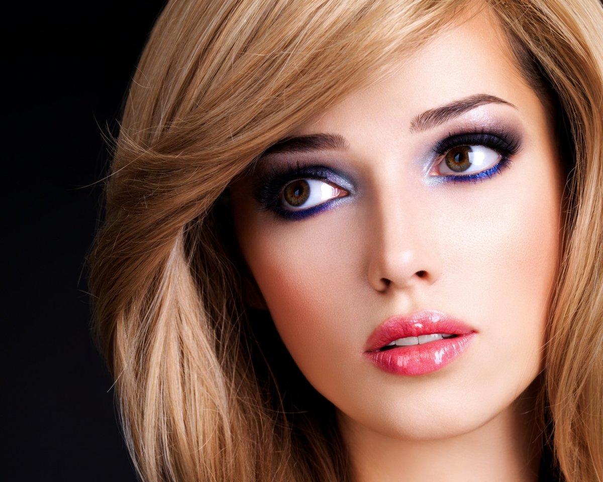 Макияж для голубых глаз светлой кожи