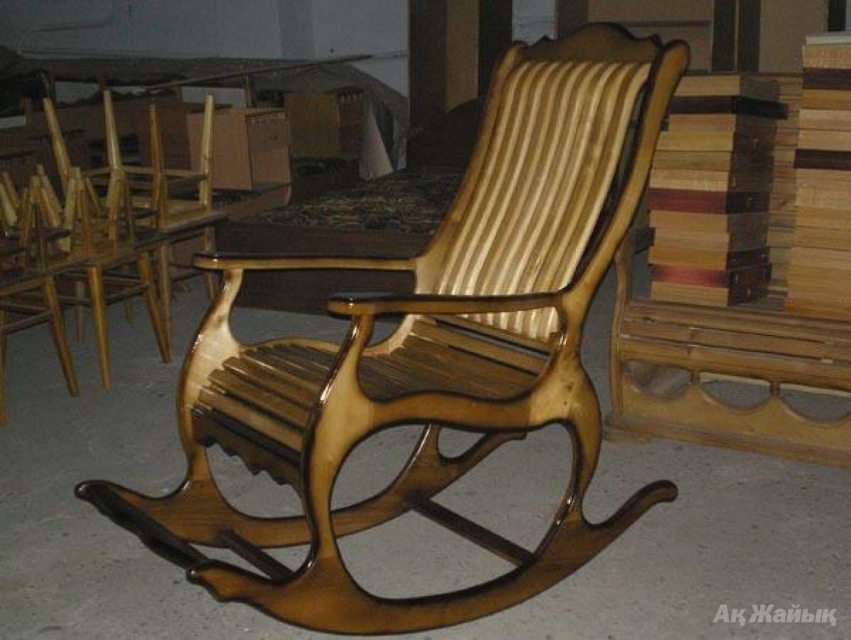 Как самому сделать кресло-качалку из фанеры