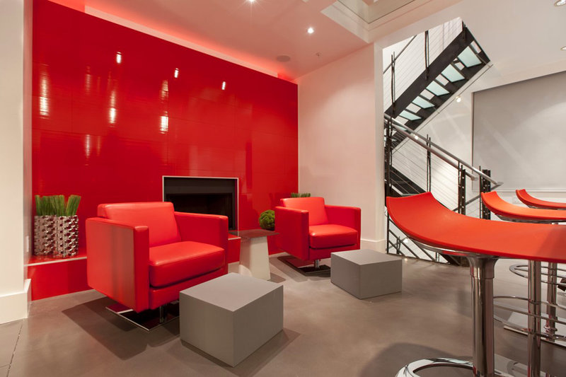 Дизайн квартир красный-черный