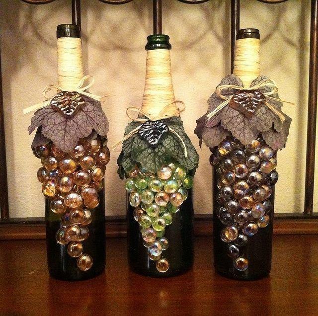 Декор  из стеклянных бутылок