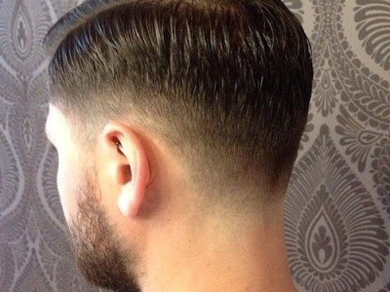 Причёска полубокс сзади