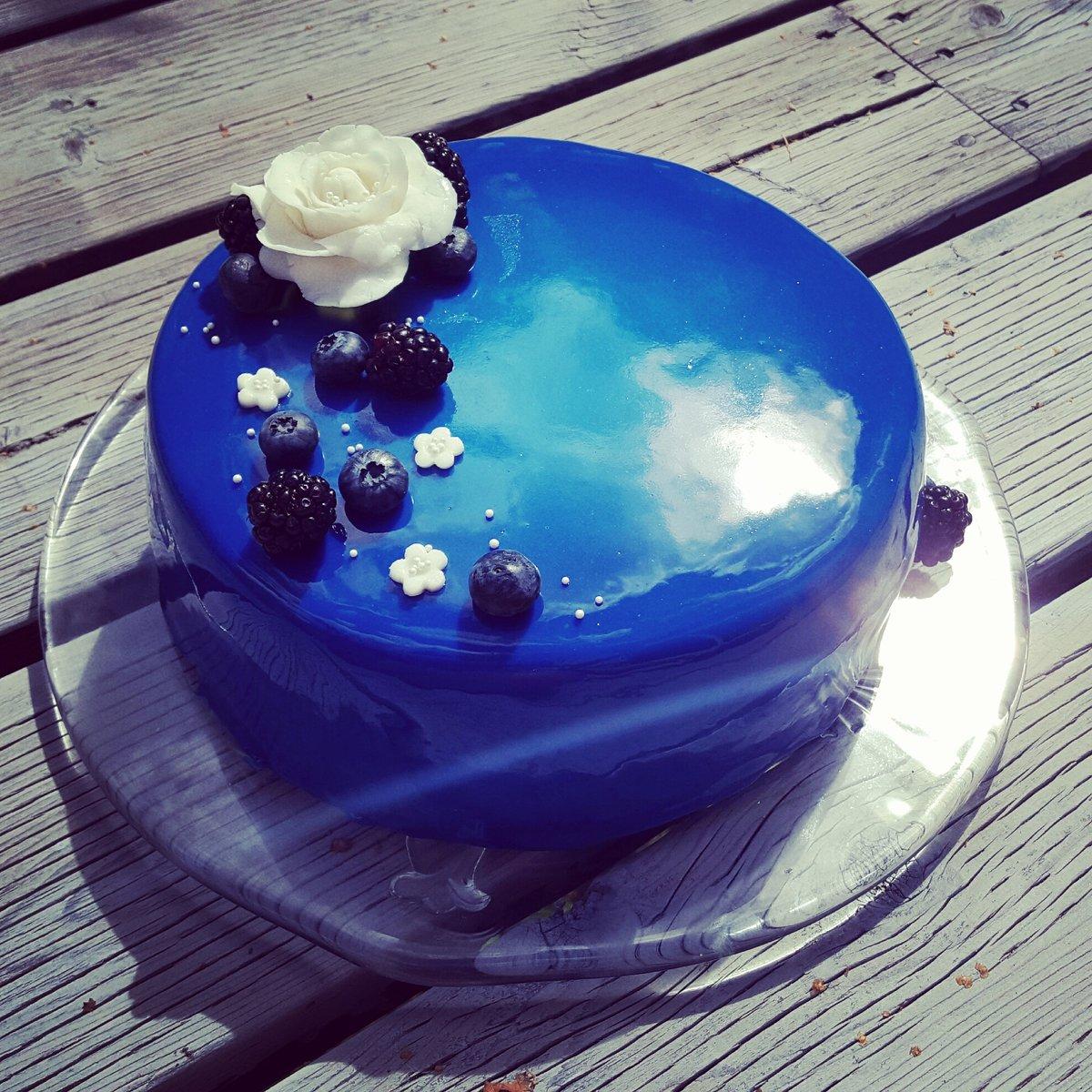 Как сделать разводы на зеркальной глазури для торта