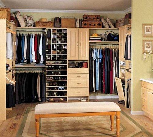 Шкаф в спальне своими руками 70