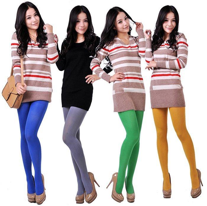 девушки в разноцветных колготках фото