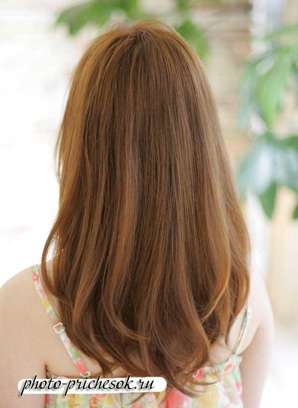 Стрижка слоями на длинные волосы сзади