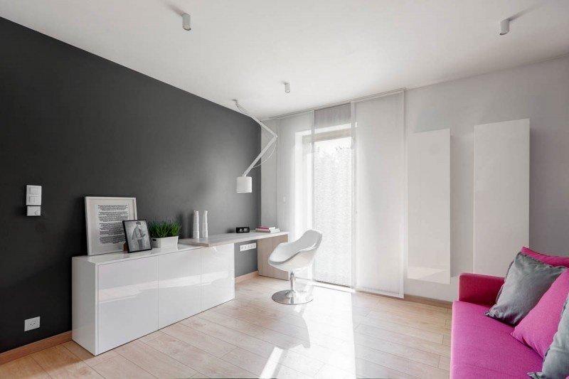 Дизайн комнаты в серо-белых тонах