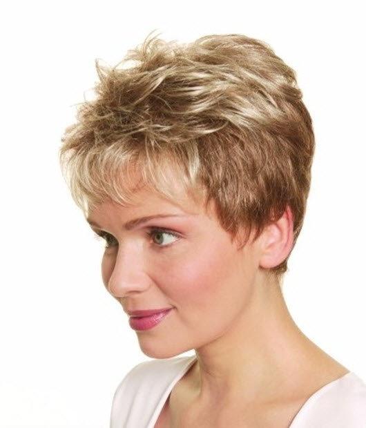 Фото стрижки на короткие волосы пожилым