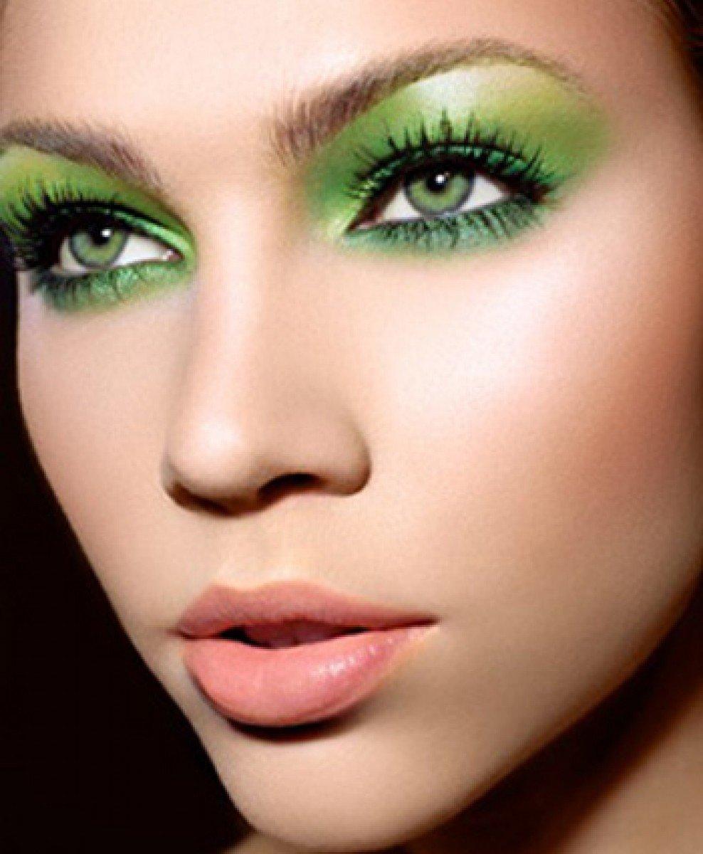 Дымчатый макияж для глаз пошагово фото