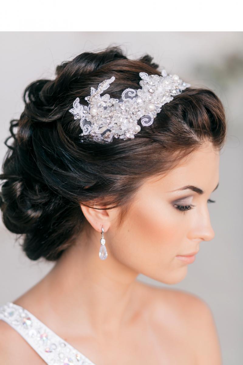 Фото свадебных причесок на средние волосы с цветами