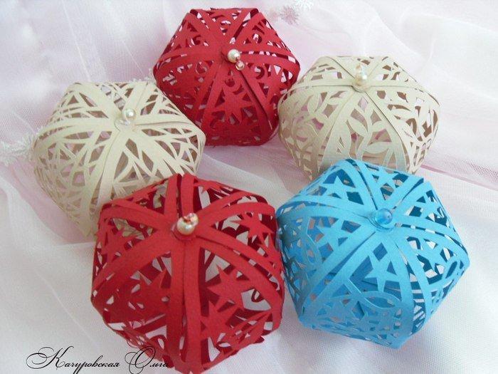 Игрушки на елку своими руками шары из бумаги