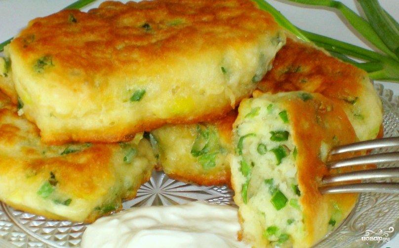 Рецепты пирожков с луком и яйцом в духовке