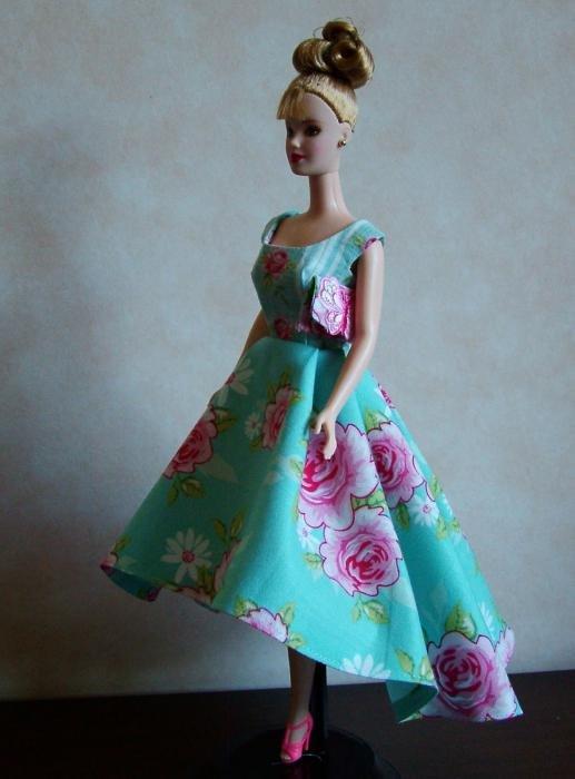 Платья для кукол своими руками из ткани фото 86